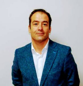 José Luis Martínez H.